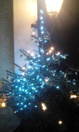 Weihnachtsdeko Vor Dem Haus.Weihnachtsdeko Vor Dem Haus Picture Of Ristorante Pizzeria