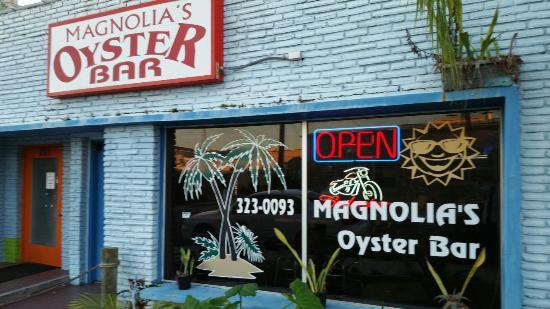 Magnolia's Oyster Bar & Cafe: 20160104_172823_large.jpg
