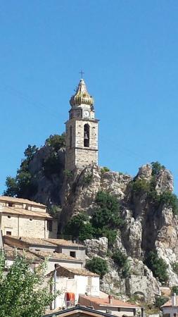 Bagnoli del Trigno, Włochy: Campanile Chiesa San Silvestro