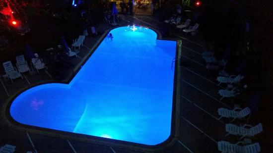 Diana-Oasis Residence Hotel/Studios & Garden Restaurant: 20151214_181157_large.jpg