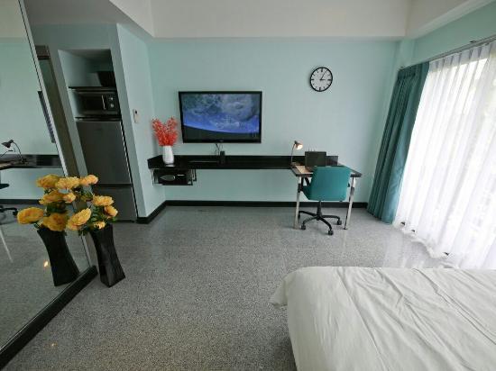 Diana-Oasis Residence Hotel/Studios & Garden Restaurant: 430000_orig_large.jpg