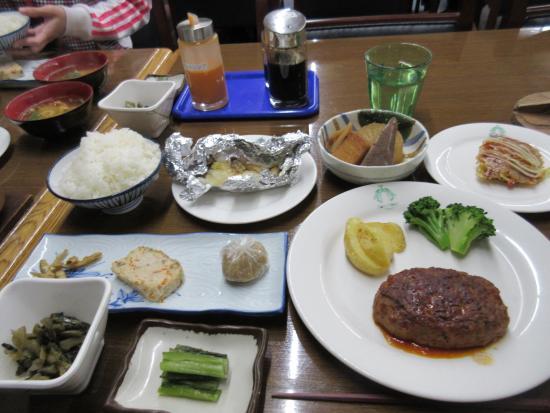 Hotel Radiant : ごく標準のお食事