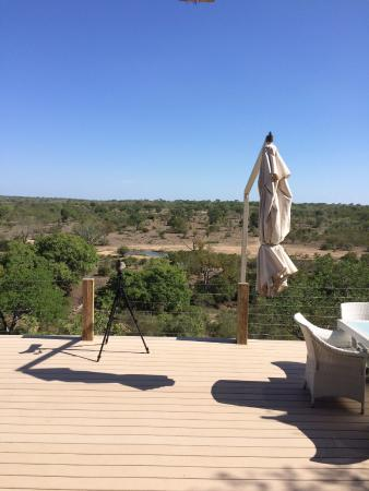 Leopard Hills Private Game Reserve, África do Sul: view from the dining deck