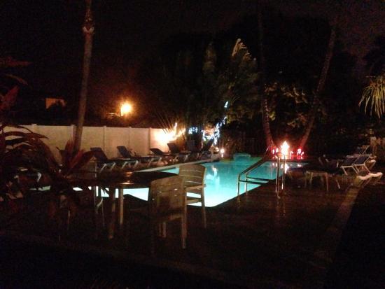 Queen's Gate Resort: Beautiful Pool
