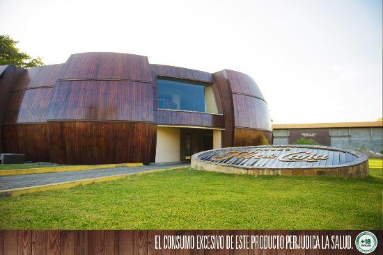 Chinandega, Nicaragua: Tónel de Ron