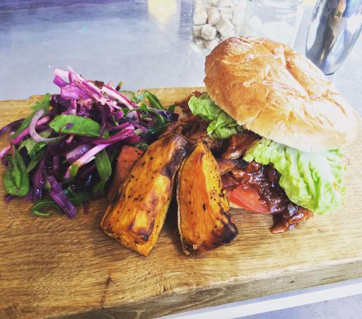 Holt, UK: Pulled Pork Burger