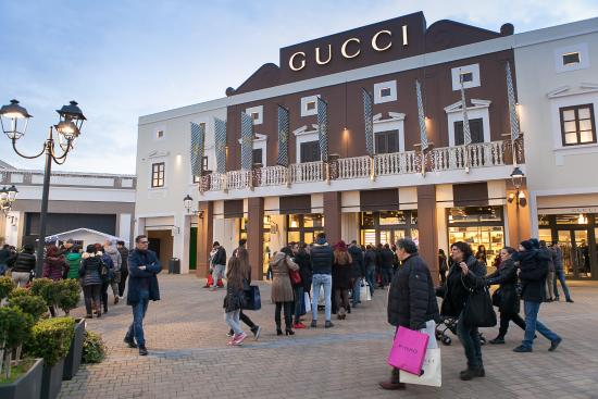 Best brands - Foto di Sicilia Outlet Village, Agira - TripAdvisor