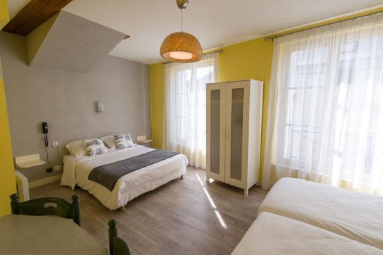 Hotel Val de Loire: Chambre familiale Hôtel Val de Loire
