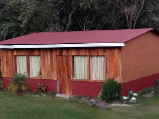 Hotel Roca Verde: Cabin exterior