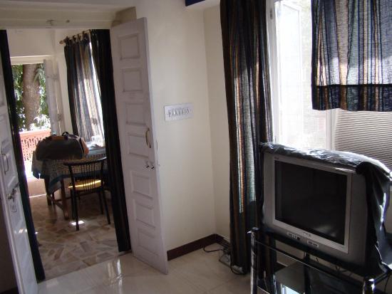 Devi Niketan Heritage Hotel: Room at Devi Niketan