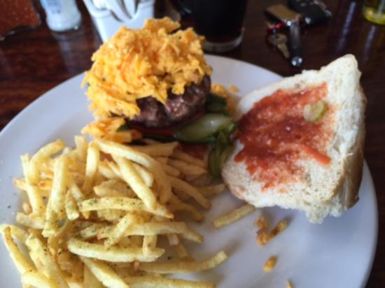 Pickles and Things: Recommended cheese burger