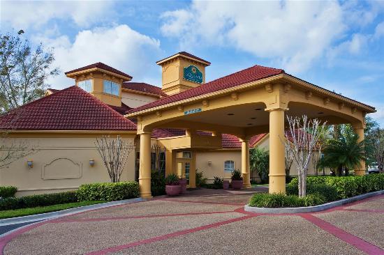 La Quinta Inn Suites Usf Near Busch Gardens Tampa Fl