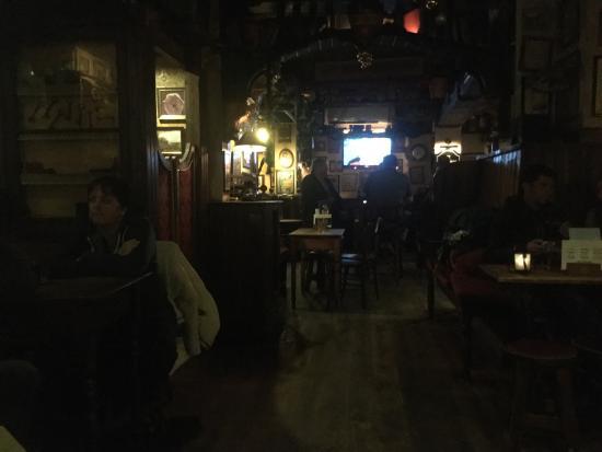 Fat Harry's Pub: photo0.jpg