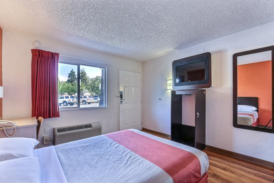Motel 6 Pleasanton : Guest Room