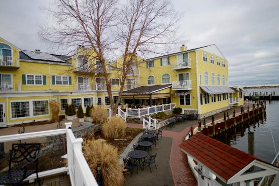 Old Saybrook, CT: Saybrook Point Inn