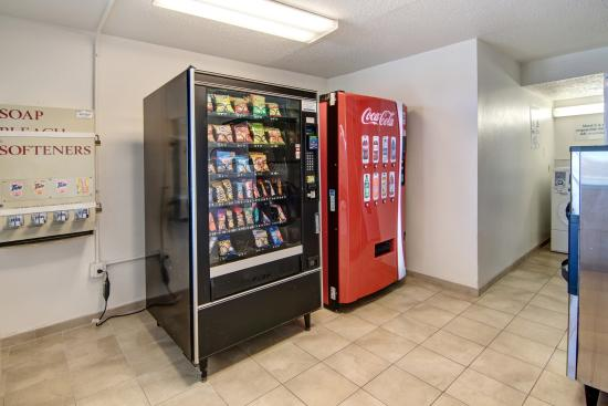 Euless, TX: Vending