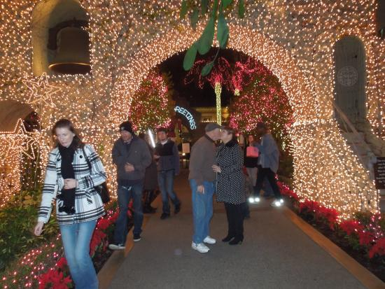 The Mission Inn Hotel and Spa: Under the mistletoe at The Mission Inn
