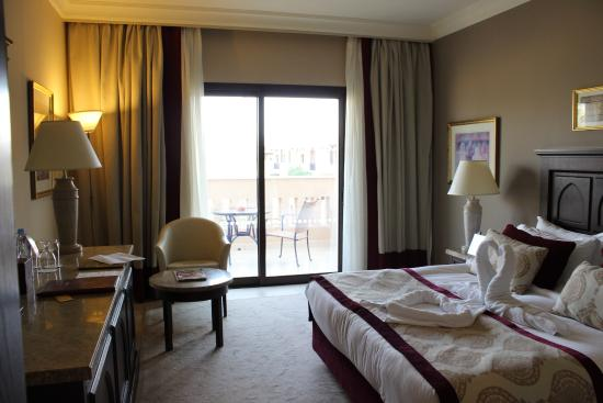Miramar Al Aqah Beach Resort: Номер