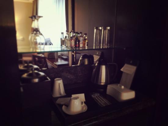 Hengshan Picardie Hotel: mini bar
