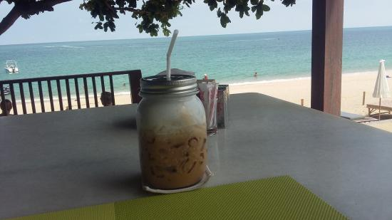 Lamai Wanta: un ice coffee au bar/restaurant