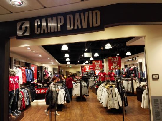 new collection look for autumn shoes Camp David spor giyim mağazası - Bild von Rhein-Center Köln ...