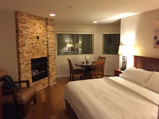 Moonstone Landing: hotel room