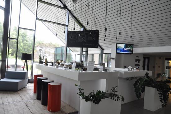 Recepcja picture of poziom 511 design hotel spa for Hotel design poziom 511