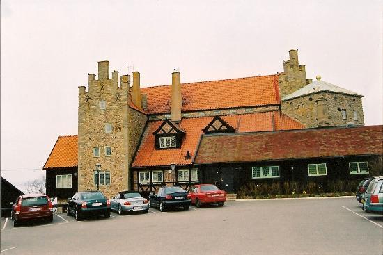 Gyllene Uttern: Здание отеля и ресторана