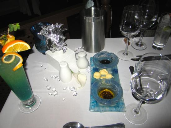 Holetown, Barbados: great table setting for our Anniversary