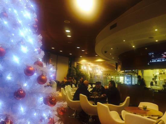 Bar interno al casin foto di casino perla nova gorica for Interno 7 cassino
