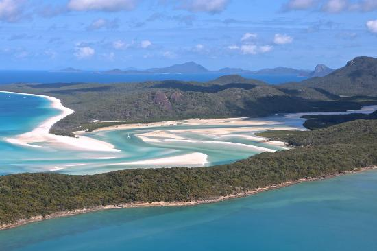 Whitehaven Beach: Hill inlet at low tide (best colours)
