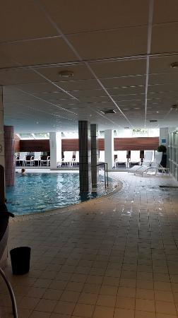 Diana Hotel Restaurant & Spa : Diana Hotel: Lovely  pool