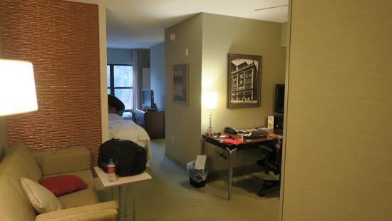 SpringHill Suites Memphis Downtown: 2 Queen Suite