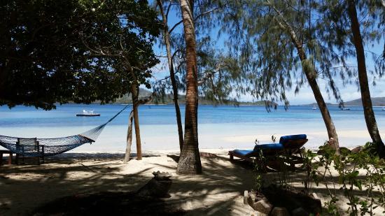 Turtle Island Resort: Private Beachfront