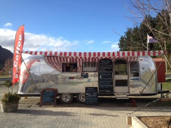 Garston, นิวซีแลนด์: Trailer Sixty6 vintage food truck