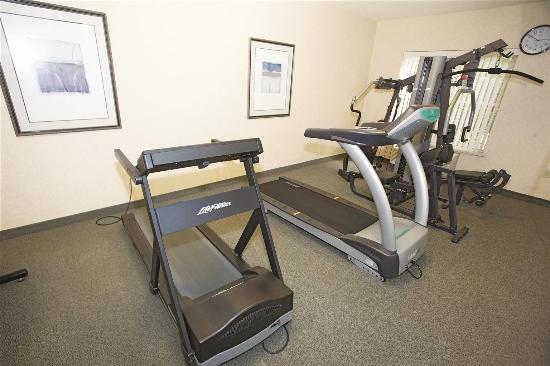 New Berlin, WI: fitness center