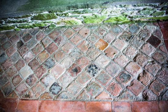 Drogheda, Irland: a piece of very old floor