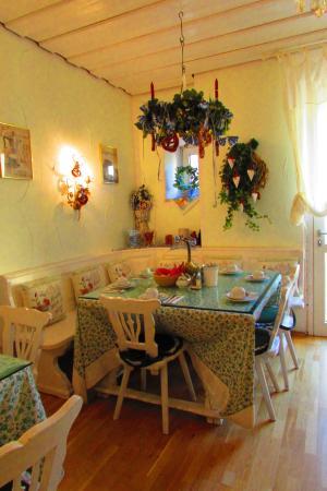Pension Seibel: Breakfast room