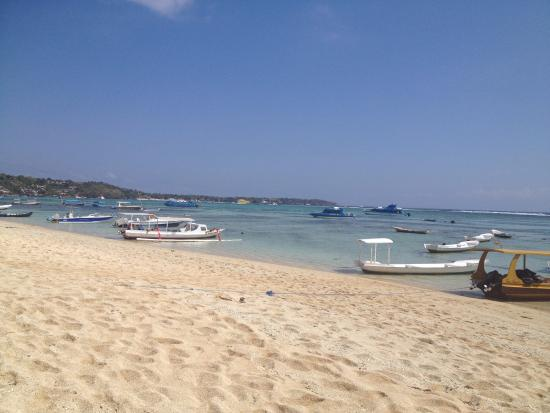 Yogi Beach Bungalows: The beach!