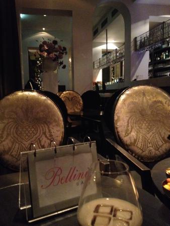 Van der Valk Hotel Brugge-Oostkamp: Un dernier Balley au bar Bellini avant de se coucher en rêvant de Bruges