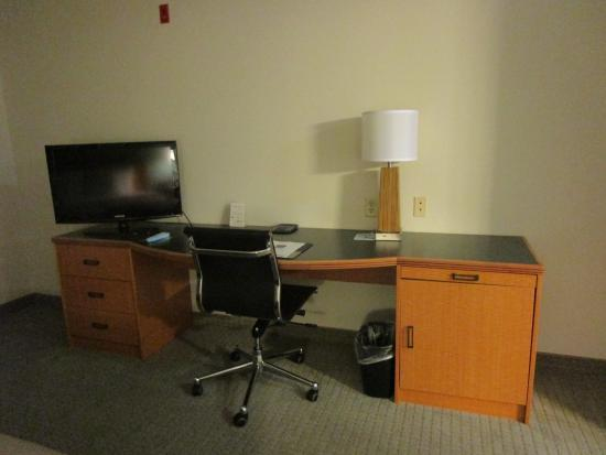 Sleep Inn & Suites : desk