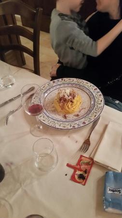 Monte Porzio, Italia: Spaghetti alla carbonara