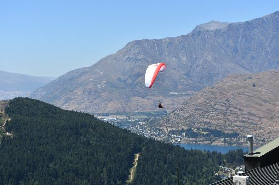 Queenstown, Yeni Zelanda: Prgliding available