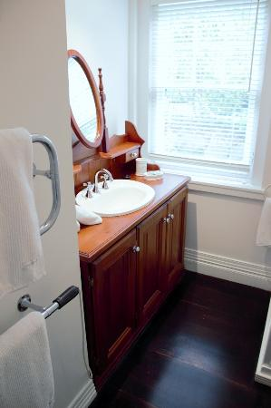 Sassafras, Австралия: Bathroom