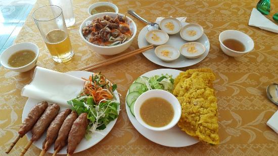 Madam Thu Restaurant: Com Viet Restaurant