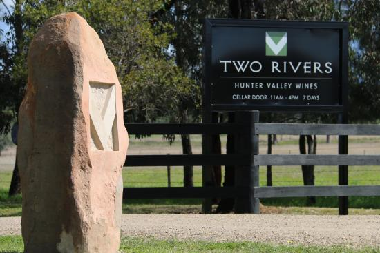 Two Rivers Wines