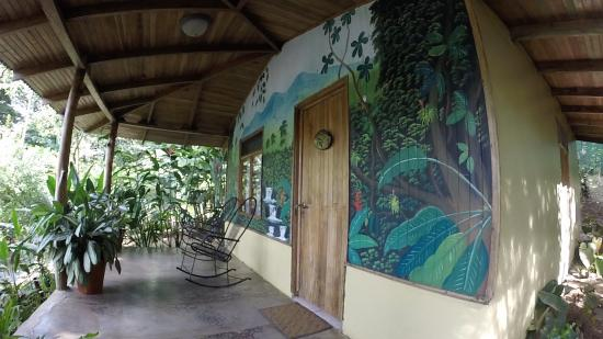 Casitas Tenorio B&B: Our casita. Lovely murals!