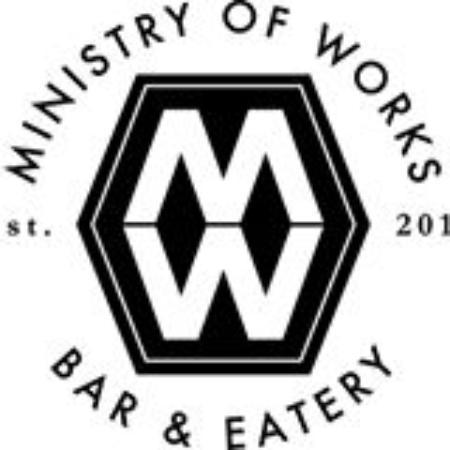 Twizel, นิวซีแลนด์: Ministry of Works Bar and Eatery