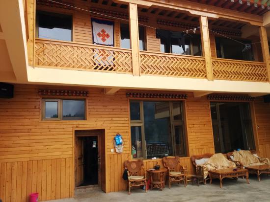 Zhaga'na Tibetan Family Hotel