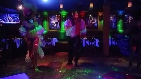 show user reviews mango tropical cafe miami beach florida